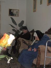 دورة الميلاد 2013 - مناولة المرضى والمسنين