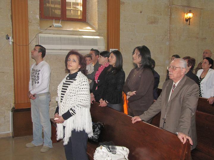 فريق من امريكا يزور الكنيسه -2011