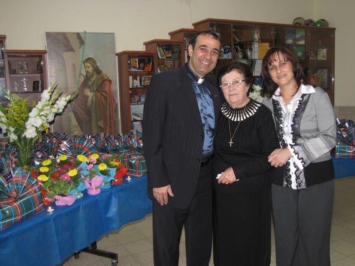 حفلة عيد الام 2011-1
