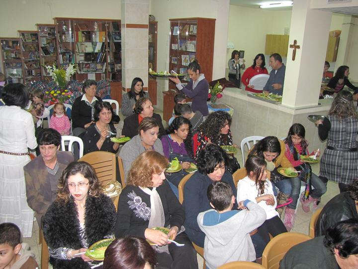 حفلة عيد الام 2011-3
