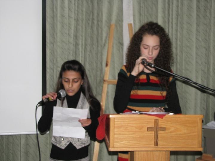 لقاء ميلادي للشبيبه الاعدادي 2011
